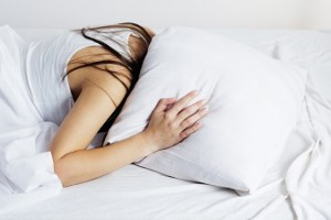 眠れなくて辛い 不眠症の原因と対策