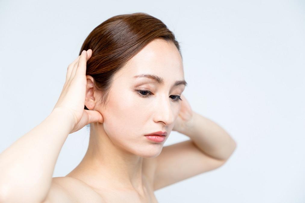 左右非対称は改善できる!顔の「歪み」を矯正する5つの方法