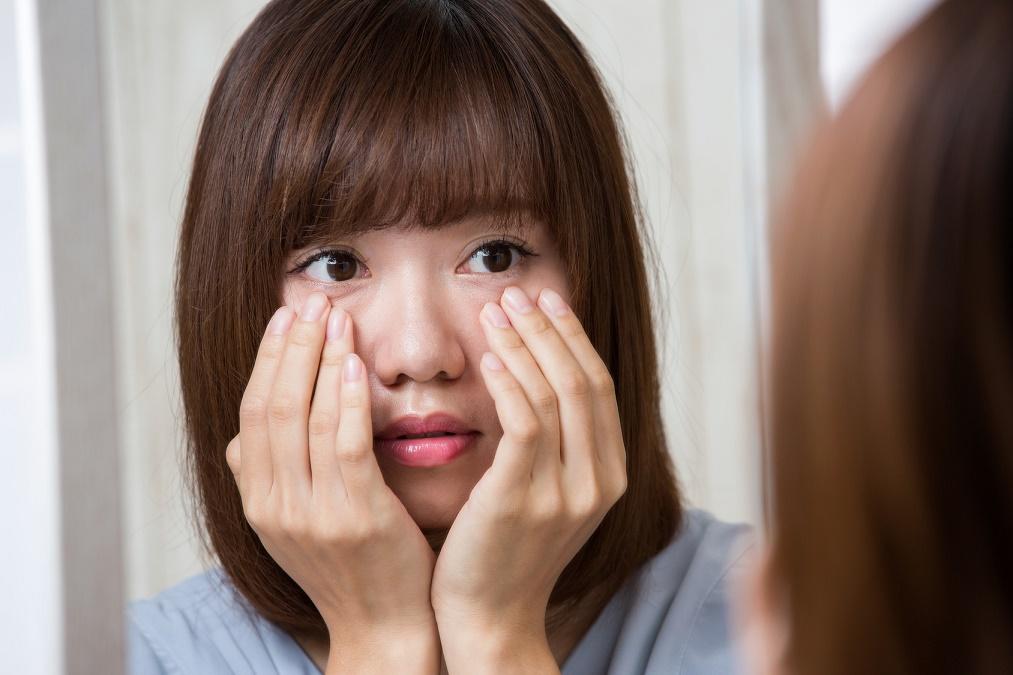 顔の赤みが厄介な「赤ら顔」の2つの原因に合わせた治し方