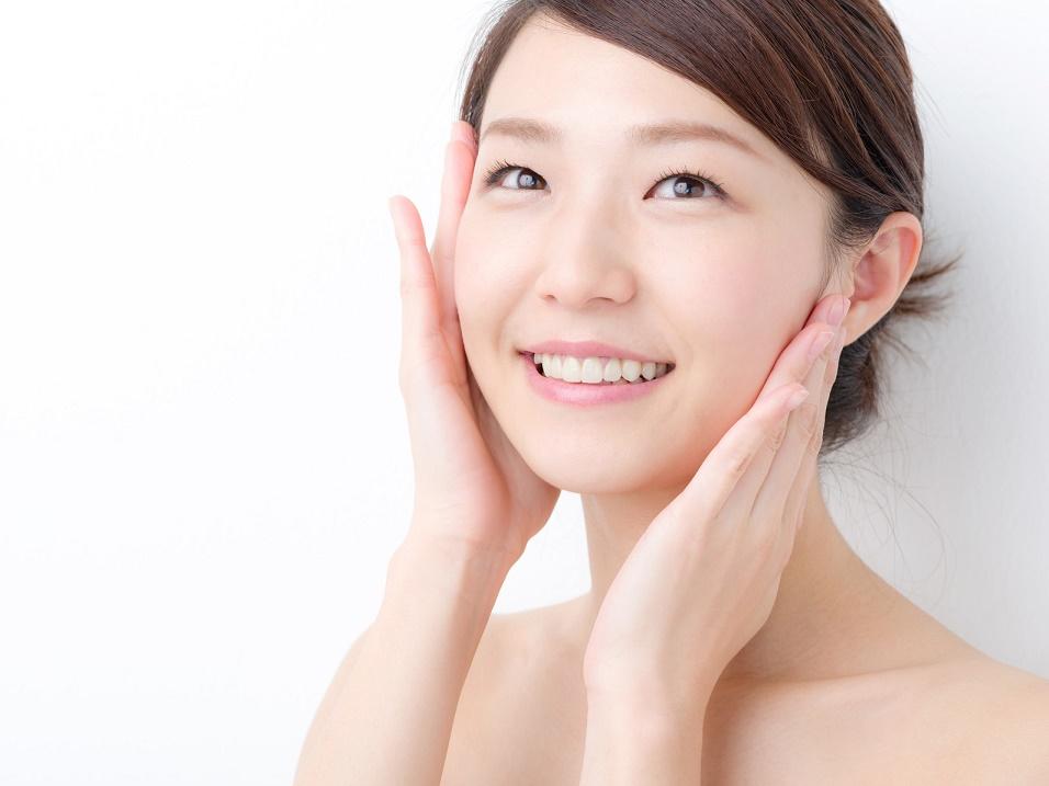 老け顔を作り出す「ちりめんじわ」の正しいケアと予防法3つ