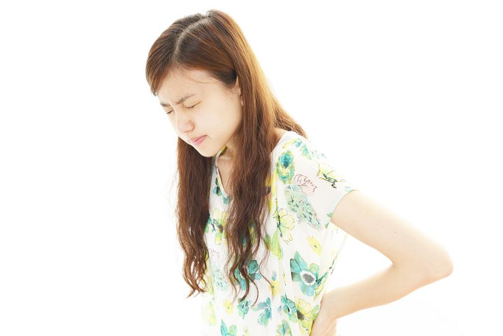 正しい姿勢に矯正しても腰痛は治らない!本当の治し方とは?